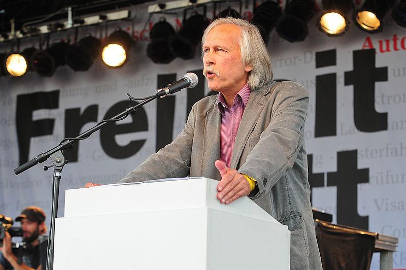 Dr. Rolf Gössner