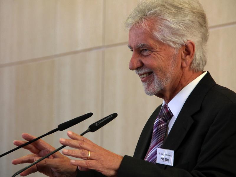 """Micksch: """"Die Gründe für eine Beobachtung der IGMG erschließen sich nicht aus dem aktuellen Bericht des Bundesamtes für Verfassungsschutz, der keine konkreten Anhaltspunkte enthält."""""""